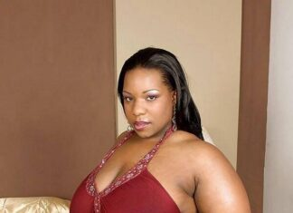 Nairobi Cougar Lounge Luring Young Boys To Lungula Old Mamas For Money