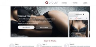 Trade Nude Selfies With Girls on Arousr